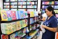 Xử lý nghiêm hành vi ép buộc học sinh mua sách tham khảo