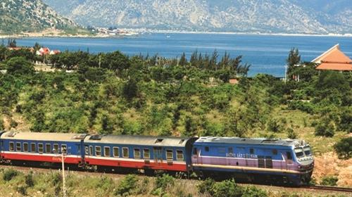 Xem xét miễn giảm phí sử dụng hạ tầng đường sắt
