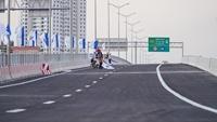 Trước ngày thông xe cầu cạn 5 nghìn tỷ có tốc độ 100km h