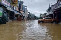 Hoa Kỳ viện trợ 100 nghìn USD giúp Việt Nam ứng phó bão Linfa