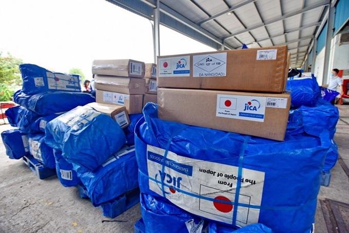 Nhật Bản chuyển hàng cứu trợ tới người dân vùng lũ Thừa Thiên Huế