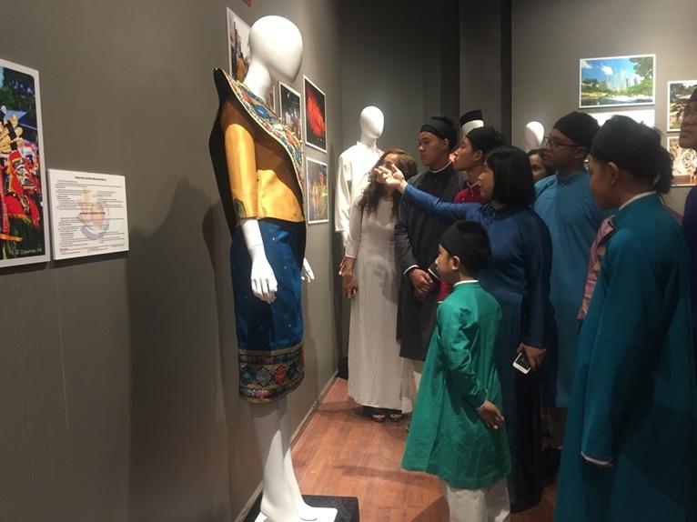 Chiêm ngưỡng trang phục truyền thống các nước ASEAN