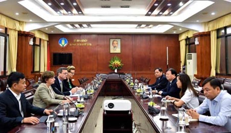 Mong các tổ chức quốc tế tiếp tục hỗ trợ nhân dân miền Trung