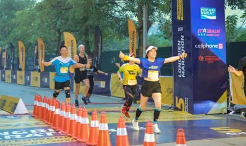 5 000 vận động viên tham gia giải Longbien Marathon 2020