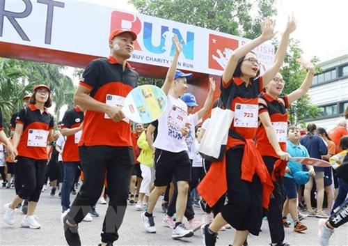 Chạy bộ gây quỹ từ thiện BritCham Fun Run lần thứ 6 tại Hà Nội