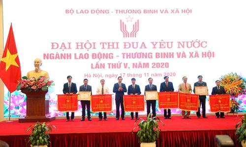 Phong trào thi đua góp phần thực hiện thắng lợi nhiệm vụ ngành LĐ-TB XH