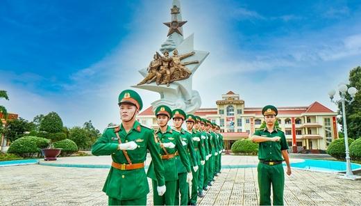 Hào Hùng Sư đoàn Bộ binh 5 Anh hùng