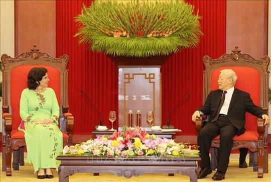 Tổng Bí thư, Chủ tịch nước Nguyễn Phú Trọng Việt Nam và Cu-ba đã, đang và luôn là hai nước anh em