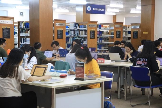 Thư viện Đại học Quốc gia TP Hồ Chí Minh: Địa điểm học tập lý tưởng cho  sinh viên