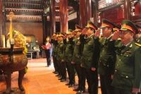 Lễ dâng hương, dâng hoa tưởng niệm Chủ tịch Hồ Chí Minh