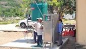 Australia hỗ trợ cung cấp nước uống an toàn cho người dân miền Trung