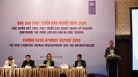 Phát triển con người trong kỉ nguyên con người tác động lên khí hậu và môi trường