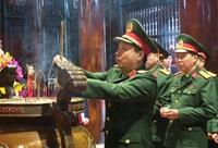 Bộ Tư lệnh Quân khu 4 dâng hương, tưởng niệm Chủ tịch Hồ Chí Minh