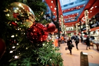 Thế giới đón Giáng sinh giữa đại dịch COVID-19