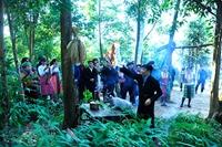 Lễ cúng rừng của người H'Mông