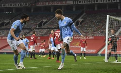 Man City vào chung kết Cúp Liên đoàn