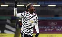 Pogba đưa M U lên đỉnh bảng Premier League