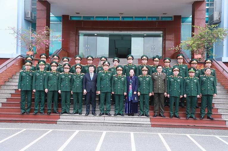 Lãnh đạo Bộ Quốc phòng thăm, chúc tết các lực lượng vũ trang tỉnh Nghệ An