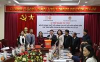 UNFPA hỗ trợ đồ dùng thiết yếu cho phụ nữ và trẻ em gái tại miền Trung