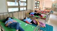 Phú Yên 82 công nhân có biểu hiện ngộ độc thực phẩm phải nhập viện