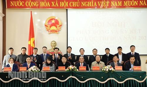 Ninh Bình phát động phong trào thi đua năm 2021