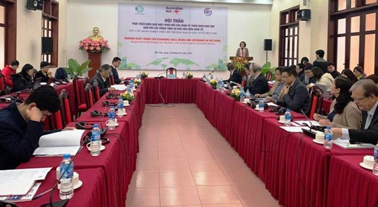 Việt Nam điều chỉnh luật chơi về thương mại quốc tế