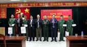 Hội Cựu chiến binh Ban Tuyên giáo Trung ương tặng quà cho học viên dân tộc thiểu số