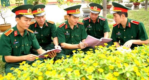 Đảng bộ Trường Sĩ quan Chính trị Phát huy tốt chức năng lãnh đạo công tác kiểm tra, giám sát của các tổ chức cơ sở