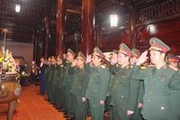 Quân khu 4 Dâng hương tưởng niệm Chủ tịch Hồ Chí Minh