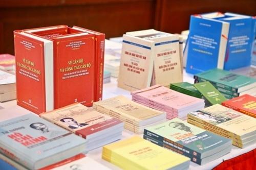 Nhà xuất bản Chính trị Quốc gia Sự thật Phát huy truyền thống 75 năm xây dựng và phát triển