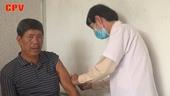 Chia sẻ khó khăn với bệnh nhân nghèo