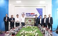 Tổng Giám đốc EVN Trần Đình Nhân làm việc với Công ty Điện lực Điện Biên