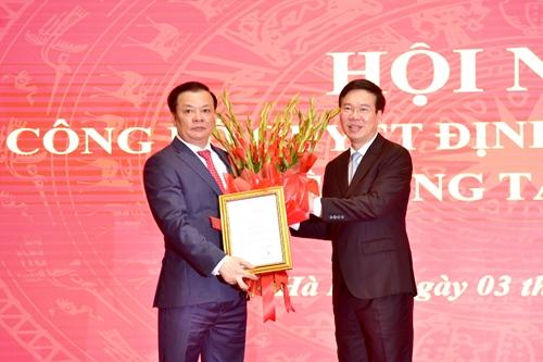 Bộ Chính trị phân công đồng chí Đinh Tiến Dũng làm Bí thư Thành ủy Hà Nội