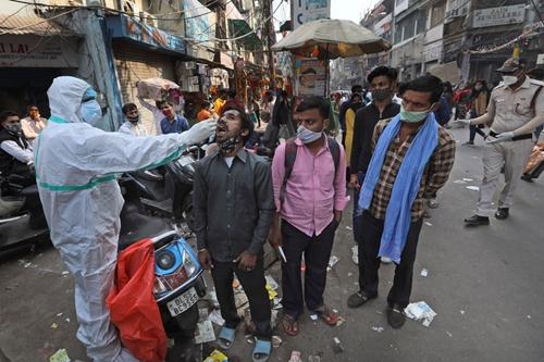 Ấn Độ có thêm 115 269 ca nhiễm COVID-19 trong một ngày