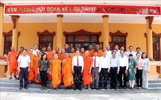 Phó Chủ tịch Thường trực Quốc hội chúc Tết Chôl Chnăm Thmây tại Sóc Trăng