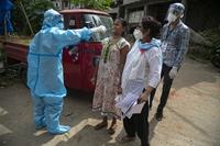 Ấn Độ 839 ca tử vong trong 1 ngày do COVID-19