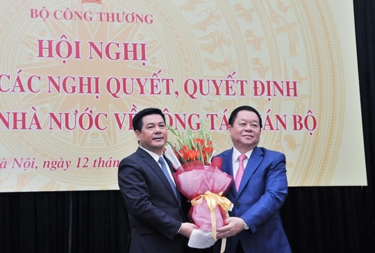 Bộ trưởng Bộ Công thương Tiếp tục phát huy truyền thống vẻ vang của ngành