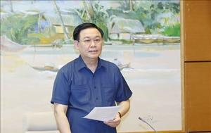 Chủ tịch Quốc hội Vương Đình Huệ làm việc với Ủy ban Quốc phòng và An ninh của Quốc hội