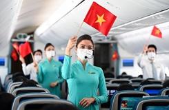 Kỷ niệm ngày 30 4 trên các chuyến bay của Vietnam Airlines