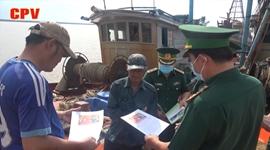 Bến Tre đẩy mạnh tuyên truyền bầu cử đến ngư dân