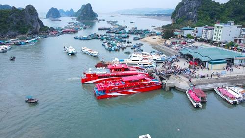 Quảng Ninh tạm dừng hoạt động du lịch từ 12h ngày 6 5
