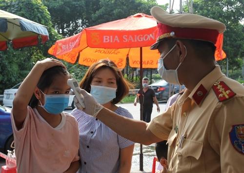 Công an Yên Bái tích cực góp phần ngăn chặn sự lây lan của dịch bệnh
