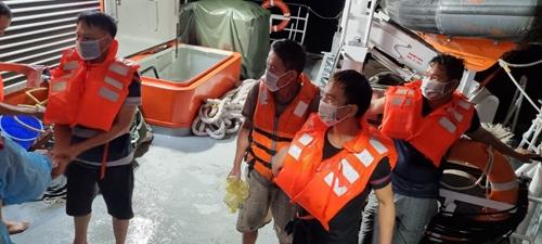 Cứu nạn kịp thời 9 thuyền viên gặp nạn tại vùng biển Hải Phòng