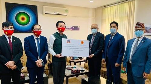 Việt Nam hỗ trợ Nepal phòng, chống dịch COVID-19