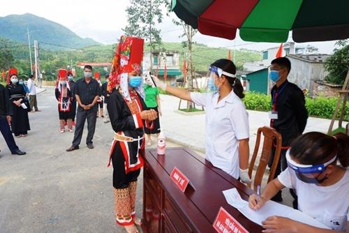 Quảng Ninh hoàn thành bầu cử ĐBQH và HĐND các cấp với tỷ lệ 99,95