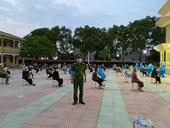 Hơn 300 công nhân ở Bắc Giang dương tính với SARS-CoV-2, Bộ Y tế họp khẩn