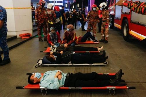 Malaysia Hơn 200 người bị thương vì va chạm tàu điện ngầm