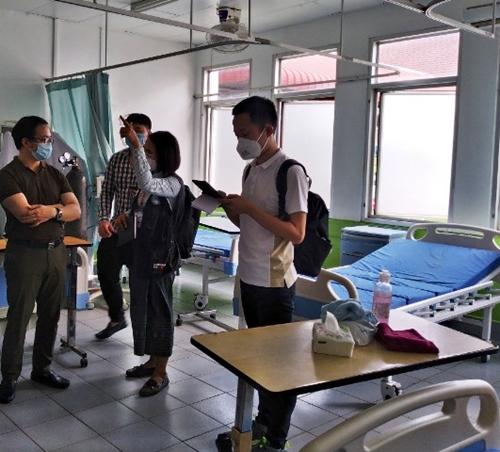Bài 4 Nghĩa tình Việt – Lào được các chuyên gia y tế hai nước bồi đắp thêm
