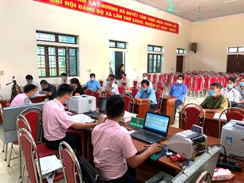 Đưa nhanh nguồn vốn chính sách về vùng đồi Cẩm Khê Phú Thọ giữa đại dịch COVID-19