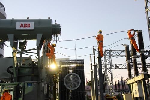Tránh sự cố về điện mùa nắng nóng Cần sự chung tay của mỗi người dân